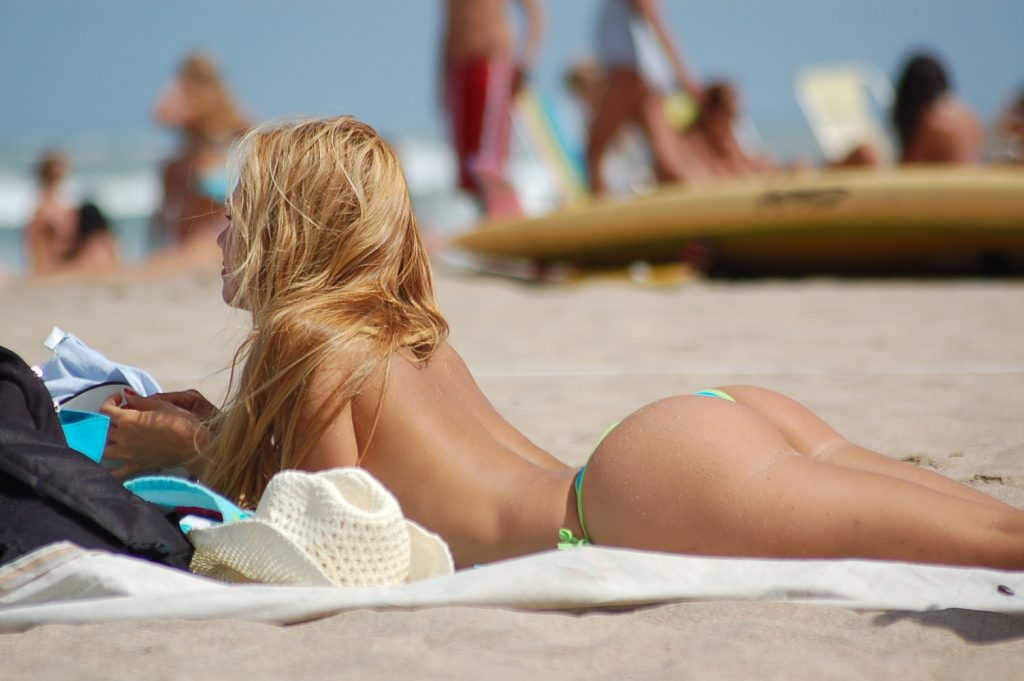beach babe of the day № 277025